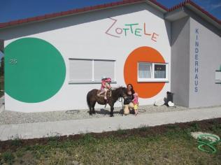 Kinderhaus Zottele 1 Crailsheim-Roßfeld Rotebachring 25
